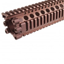 Madbull Daniel Defense AR15 Lite Rail 9.0 - Dark Earth 2